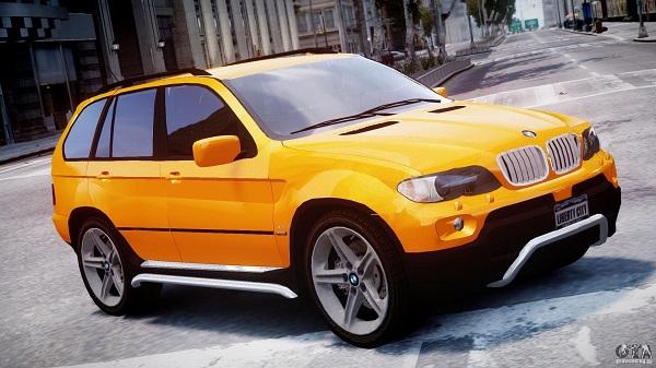 Кроссовер BMW X5 4