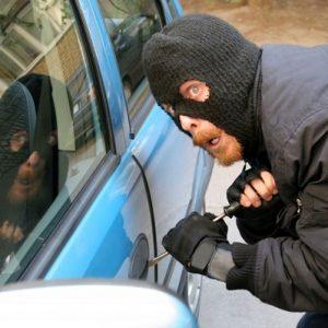 CША: многодетная мать разжалобила автоугонщика